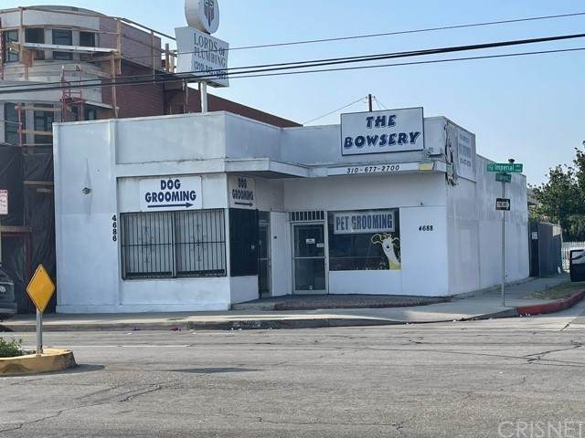 4688 W Imperial Highway, Inglewood, CA 90304 (#SR21182518) :: The Bobnes Group Real Estate