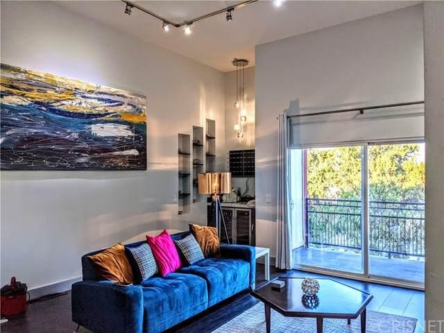 11124 Burbank #312, North Hollywood, CA 91601 (#SR21196218) :: The Bobnes Group Real Estate