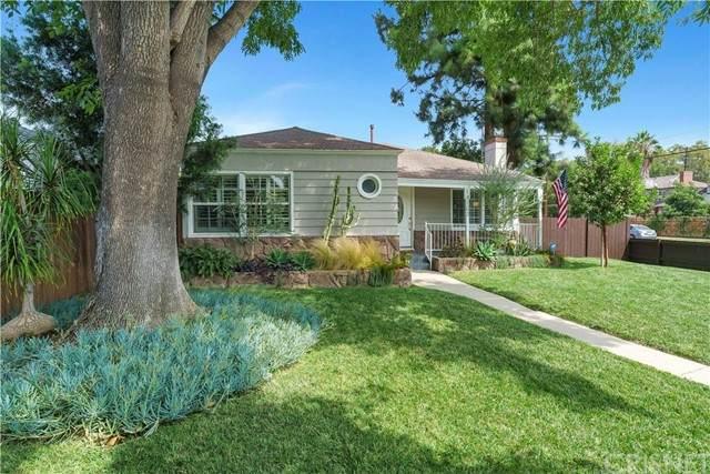 14103 Hamlin Street, Van Nuys, CA 91401 (#SR21196912) :: Montemayor & Associates
