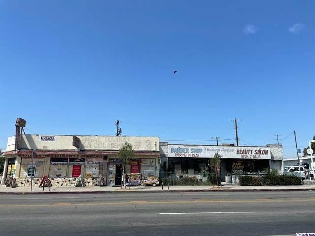 5933 Vineland Avenue - Photo 1