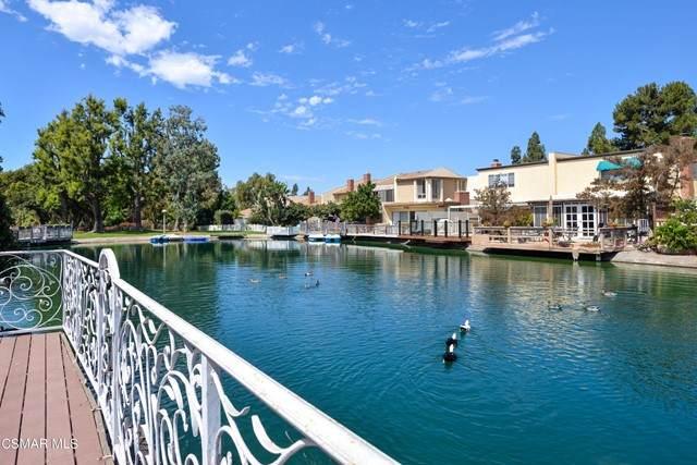 1667 Edgewater Lane, Camarillo, CA 93010 (#221004998) :: The Suarez Team