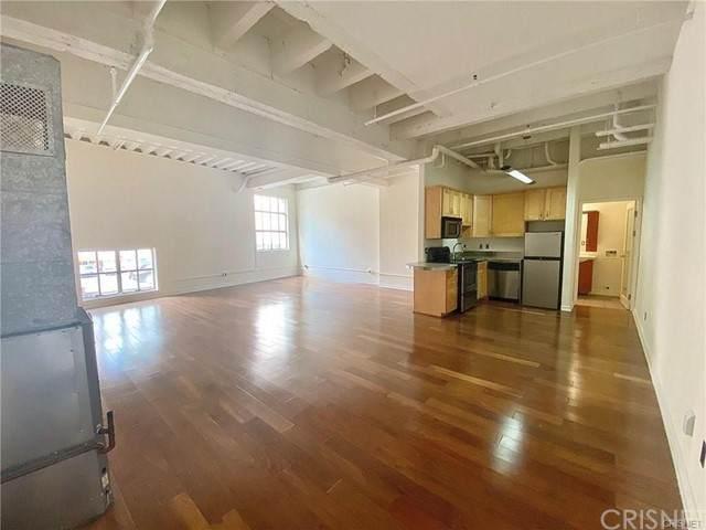 312 W 5th Street M10, Los Angeles, CA 90013 (#SR21201772) :: Montemayor & Associates