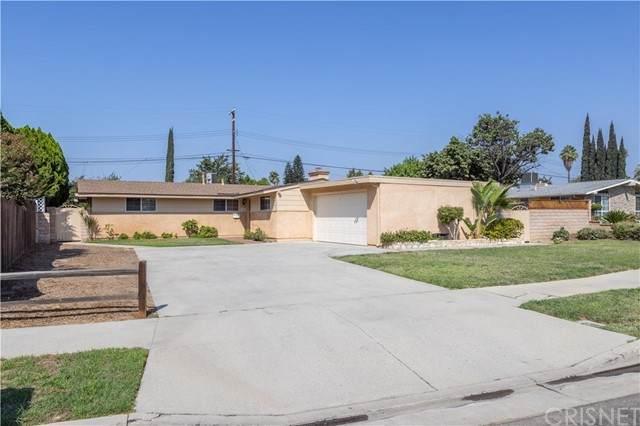 10817 Blucher Avenue, Granada Hills, CA 91344 (#SR21203706) :: The Suarez Team