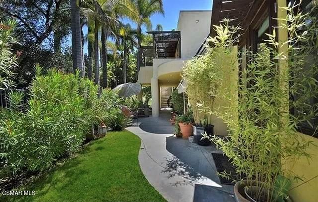 3443 Violet Trail, Calabasas, CA 91302 (#221005073) :: The Bobnes Group Real Estate