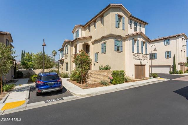 459 Stratus Lane #1, Simi Valley, CA 93065 (#221005076) :: The Bobnes Group Real Estate