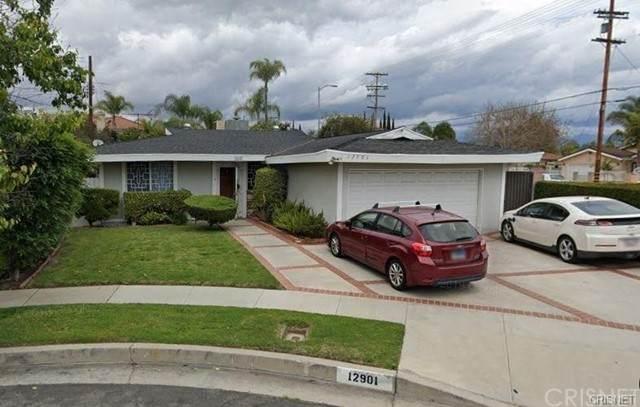 12901 Lull Street, North Hollywood, CA 91605 (#SR21205085) :: The Suarez Team