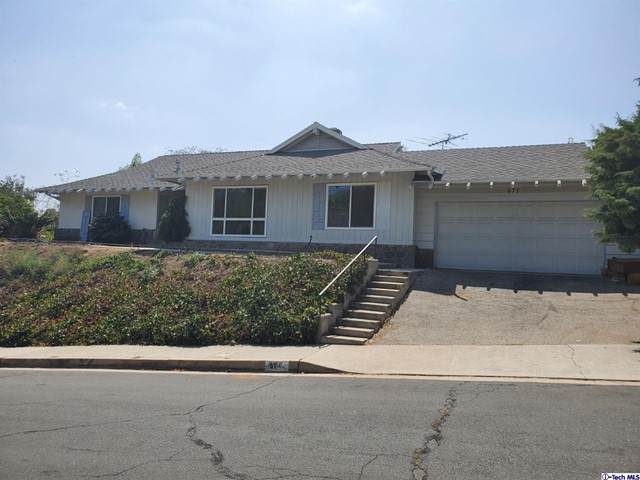 677 Glenandale Terrace, Glendale, CA 91206 (#320007701) :: The Bobnes Group Real Estate