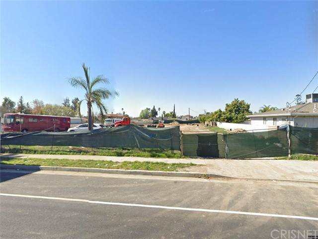 7945 Coldwater Canyon Avenue, North Hollywood, CA 91605 (#SR21205917) :: The Suarez Team