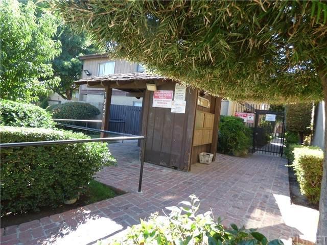 7321 Lennox Avenue I7, Van Nuys, CA 91405 (#SR21206122) :: Montemayor & Associates