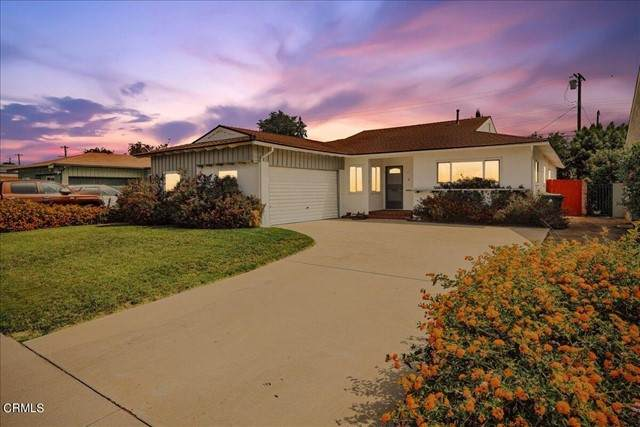 7452 Whitaker Avenue, Van Nuys, CA 91406 (#P1-6763) :: The Bobnes Group Real Estate
