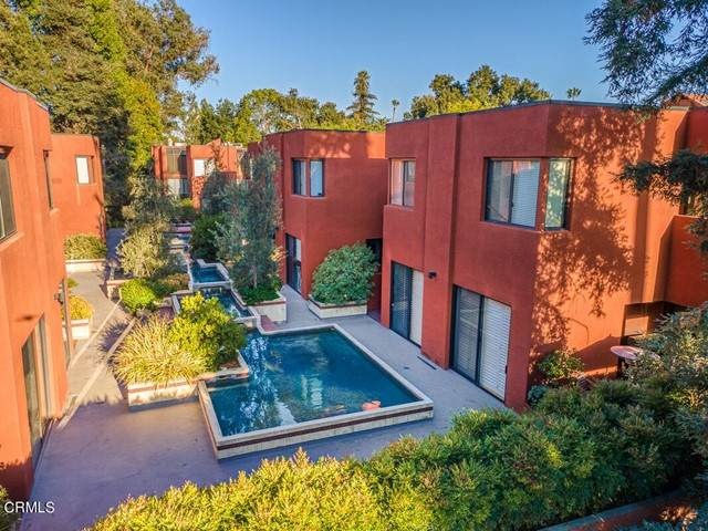 776 S Orange Grove Boulevard #11, Pasadena, CA 91105 (#P1-6772) :: TruLine Realty
