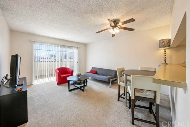 1422 Rock Glen Avenue #110, Glendale, CA 91205 (#SR21207689) :: The Bobnes Group Real Estate