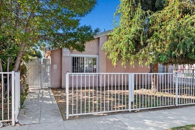 532 E 97th Street, Inglewood, CA 90301 (#P1-6786) :: TruLine Realty