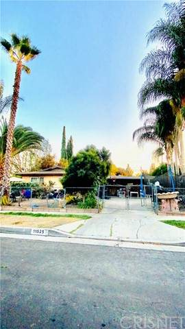 11525 Wheeler Avenue, Lakeview Terrace, CA 91342 (#SR21210704) :: The Bobnes Group Real Estate