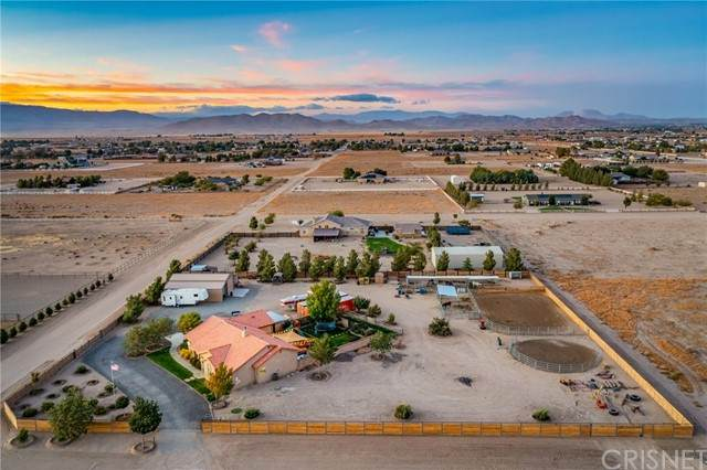 51200 72nd Street W, Lancaster, CA 93536 (#SR21210678) :: Lydia Gable Realty Group