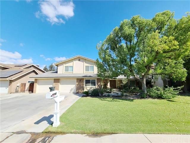 7904 Nairn Court, Bakersfield, CA 93309 (#SR21208292) :: Compass