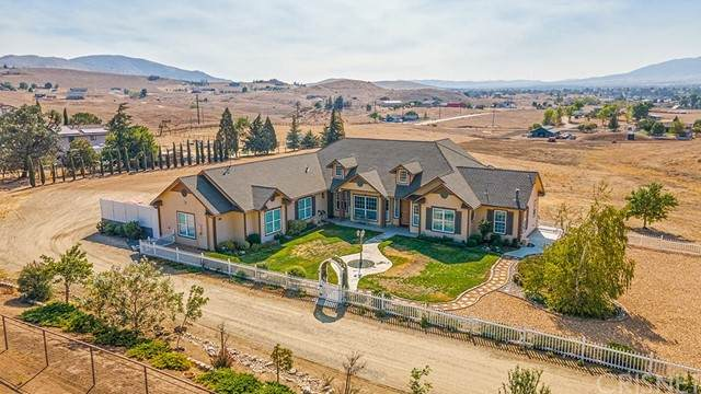 23658 Clover Spring Road, Tehachapi, CA 93561 (#SR21215280) :: The Bobnes Group Real Estate