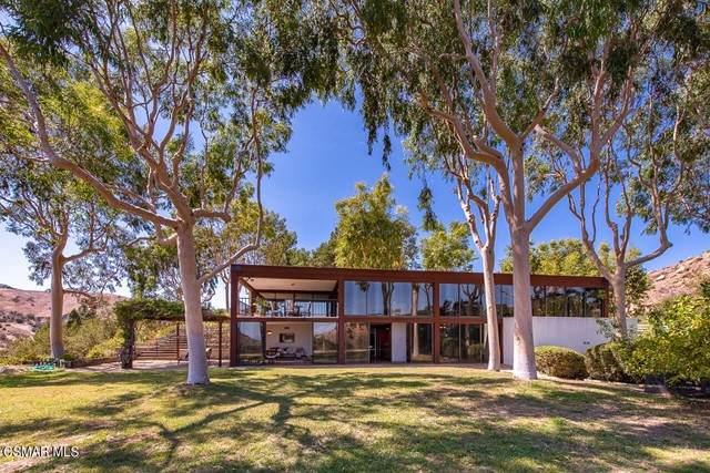 101 Buckskin Road, Bell Canyon, CA 91307 (#221005297) :: Powell Fine Homes Group, Inc.