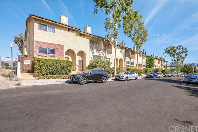 23025 Del Valle Street - Photo 1