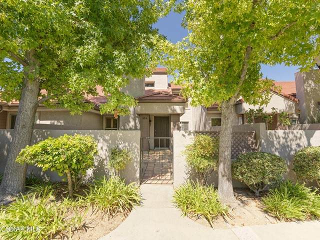 654 Via Colinas, Westlake Village, CA 91362 (#221005386) :: The Bobnes Group Real Estate