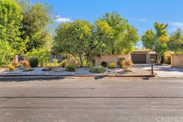 8730 Encino Avenue, Sherwood Forest, CA 91325 (#SR21217878) :: Vida Ash Properties | Compass
