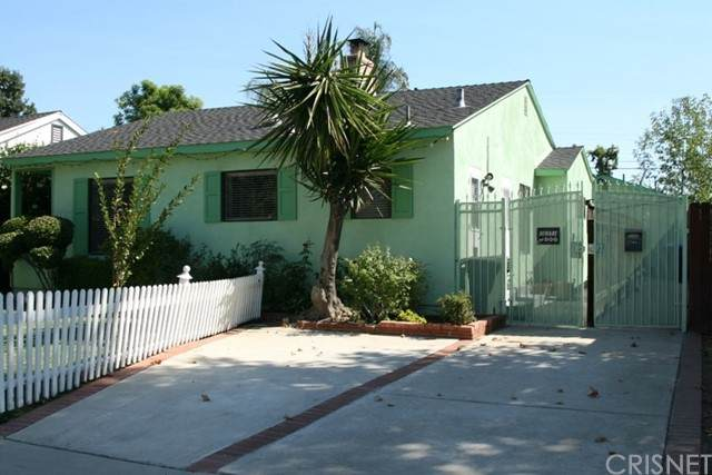 5706 Bevis Avenue, Sherman Oaks, CA 91411 (#SR21220132) :: The Bobnes Group Real Estate