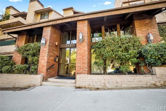 3480 Barham Boulevard - Photo 1