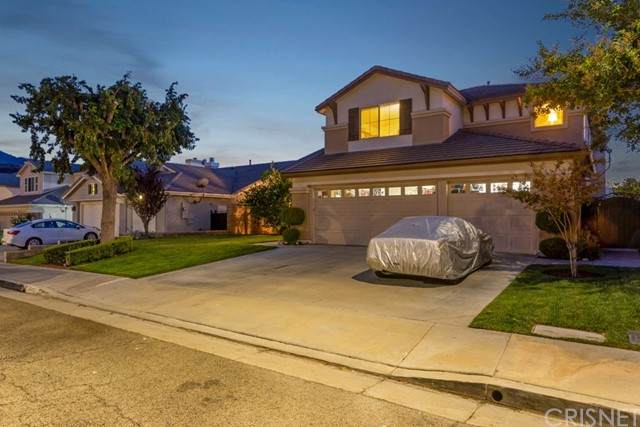 26463 Puffin Place, Canyon Country, CA 91387 (#SR21223992) :: Vida Ash Properties | Compass