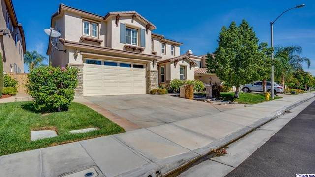 17751 Sweetgum Lane, Canyon Country, CA 91387 (#320007997) :: The Bobnes Group Real Estate