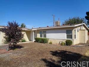 45318 Genoa Avenue, Lancaster, CA 93534 (#SR21225258) :: TruLine Realty
