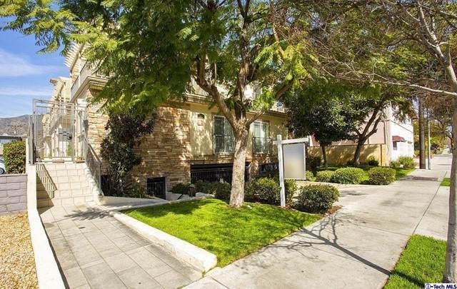 341 W Glenoaks Boulevard #1, Glendale, CA 91202 (#320008005) :: The Bobnes Group Real Estate