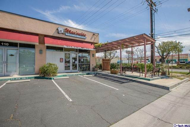 27131 Sierra Highway #100, Canyon Country, CA 91351 (#320008061) :: The Bobnes Group Real Estate