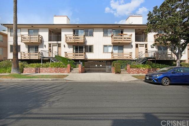 14007 Milbank Street #2, Sherman Oaks, CA 91423 (#SR21228441) :: The Bobnes Group Real Estate