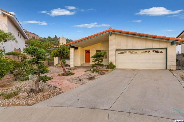 1140 Vista Ridge, Burbank, CA 91504 (#320008040) :: The Bobnes Group Real Estate