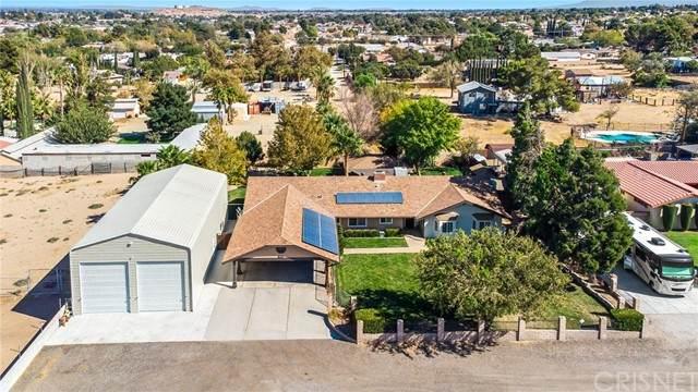 5621 W Avenue M8, Quartz Hill, CA 93536 (#SR21229842) :: The Bobnes Group Real Estate