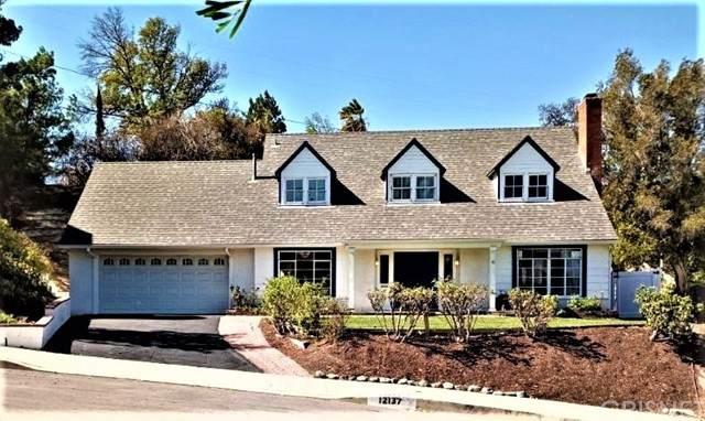 12137 Bambi Place, Granada Hills, CA 91344 (#SR21230296) :: Vida Ash Properties   Compass