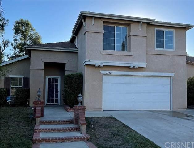 12427 Edgecliff Avenue, Sylmar, CA 91342 (#SR21229280) :: Lydia Gable Realty Group