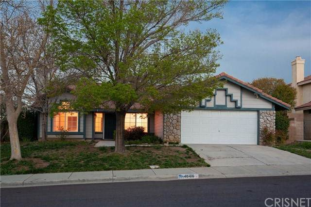 40416 Fieldcrest Lane, Palmdale, CA 93551 (#SR21231085) :: Randy Plaice and Associates