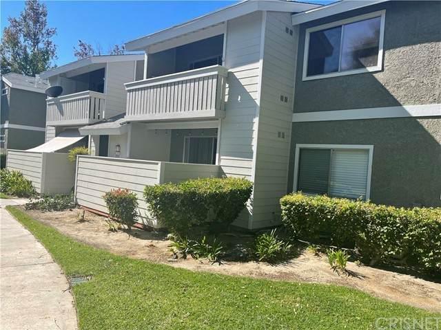 27610 Susan Beth Way B, Saugus, CA 91350 (#SR21231082) :: Mark Moskowitz Team | Keller Williams Westlake Village