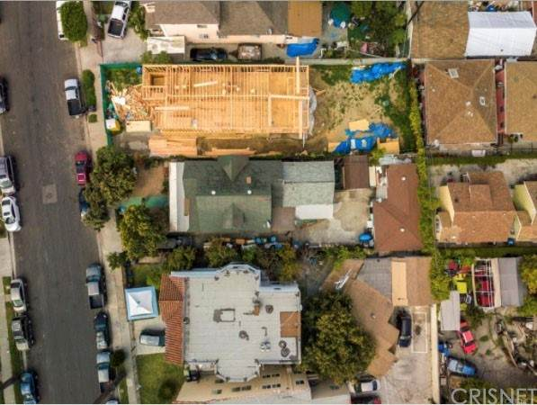 1269 W 36th Street, Los Angeles, CA 90007 (#SR21232092) :: The Bobnes Group Real Estate