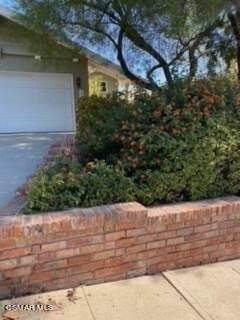 22247 Del Valle Street, Woodland Hills, CA 91364 (#221005643) :: The Bobnes Group Real Estate