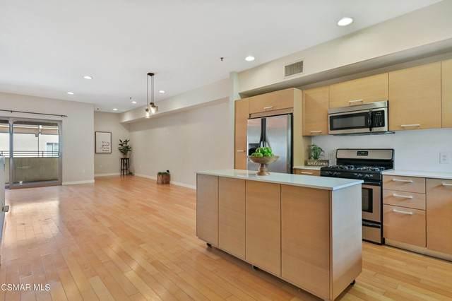 5016 Bakman Avenue #405, North Hollywood, CA 91601 (#221005671) :: Vida Ash Properties | Compass