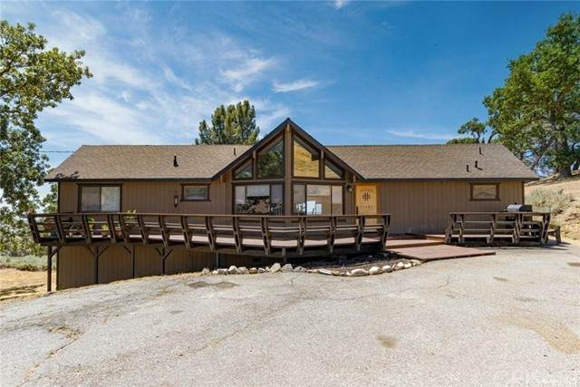 24141 Jacaranda Drive, Tehachapi, CA 93561 (#SR21230522) :: The Bobnes Group Real Estate