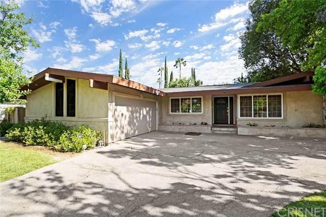 23732 Oxnard Street, Woodland Hills, CA 91367 (#SR20097192) :: Randy Plaice and Associates