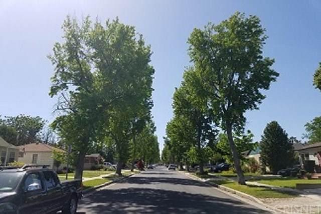 17337 Emelita, Encino, CA 91316 (#SR20118087) :: Randy Plaice and Associates