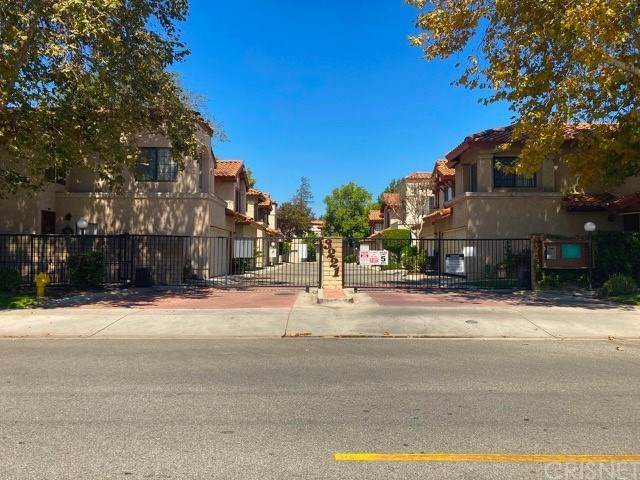 3221 Vineland Avenue - Photo 1