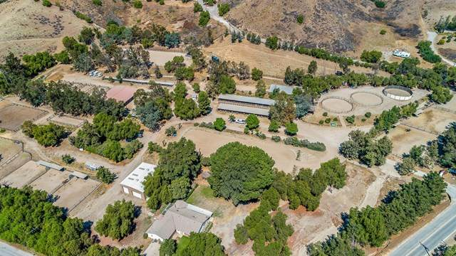 8525 Waters Road, Moorpark, CA 93021 (#V1-1773) :: Randy Plaice and Associates