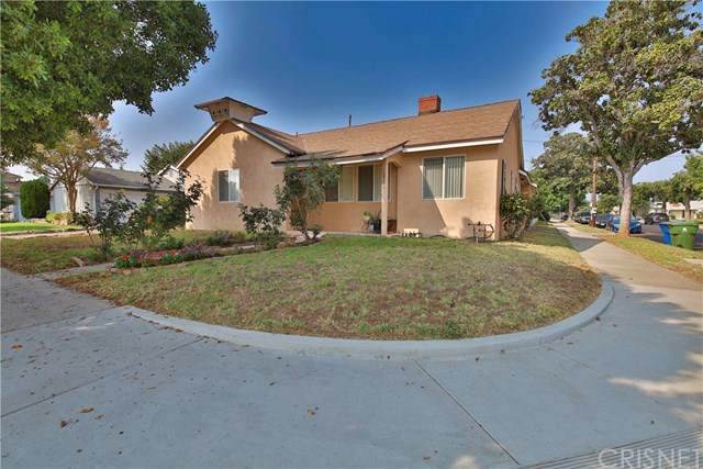 13901 Cantlay Street - Photo 1