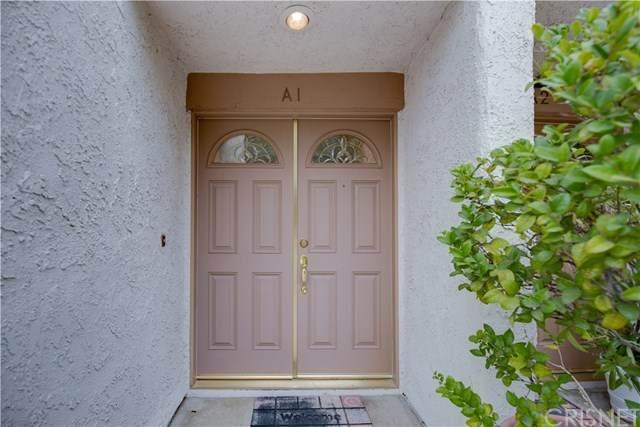 21025 Lemarsh Street A1, Chatsworth, CA 91311 (#SR20215675) :: Compass