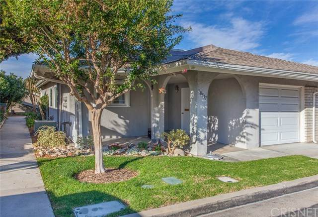 18917 Circle Of Friends, Newhall, CA 91321 (#SR20240591) :: SG Associates